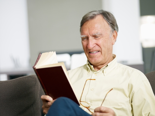 How can you keep your senior residents reading longer?